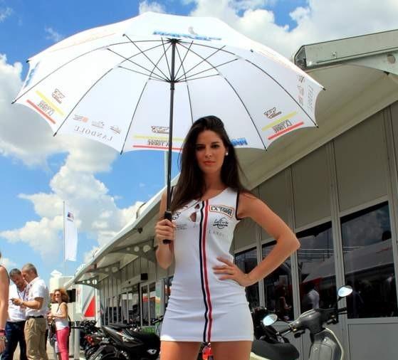 Paddock-Girls-MotoGP-Jerez-2013-09 - copia